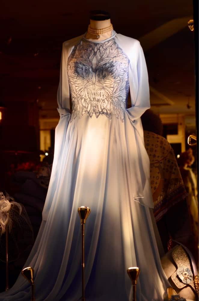 moeder van de bruidegom, bruidsmoeder hoeden, accessoires, luxe modewinkels, bruidsmoeder hoed, Damesmodewinkel Modici in Laren biedt luxe merken, sjieke grote maten kleding, chique hoeden, gelegenheidskleding, shawls en lammy coats. Ook grote maten., exclusieve hoeden, bruidsmoeder mode, avondjapon, avondjurk, mooie hoeden, feestkleding, gelegenheidshoeden, gala, schoenen, hoed dames bruiloft, avond, winkels laren, hoeden, feestelijke hoed, tassen