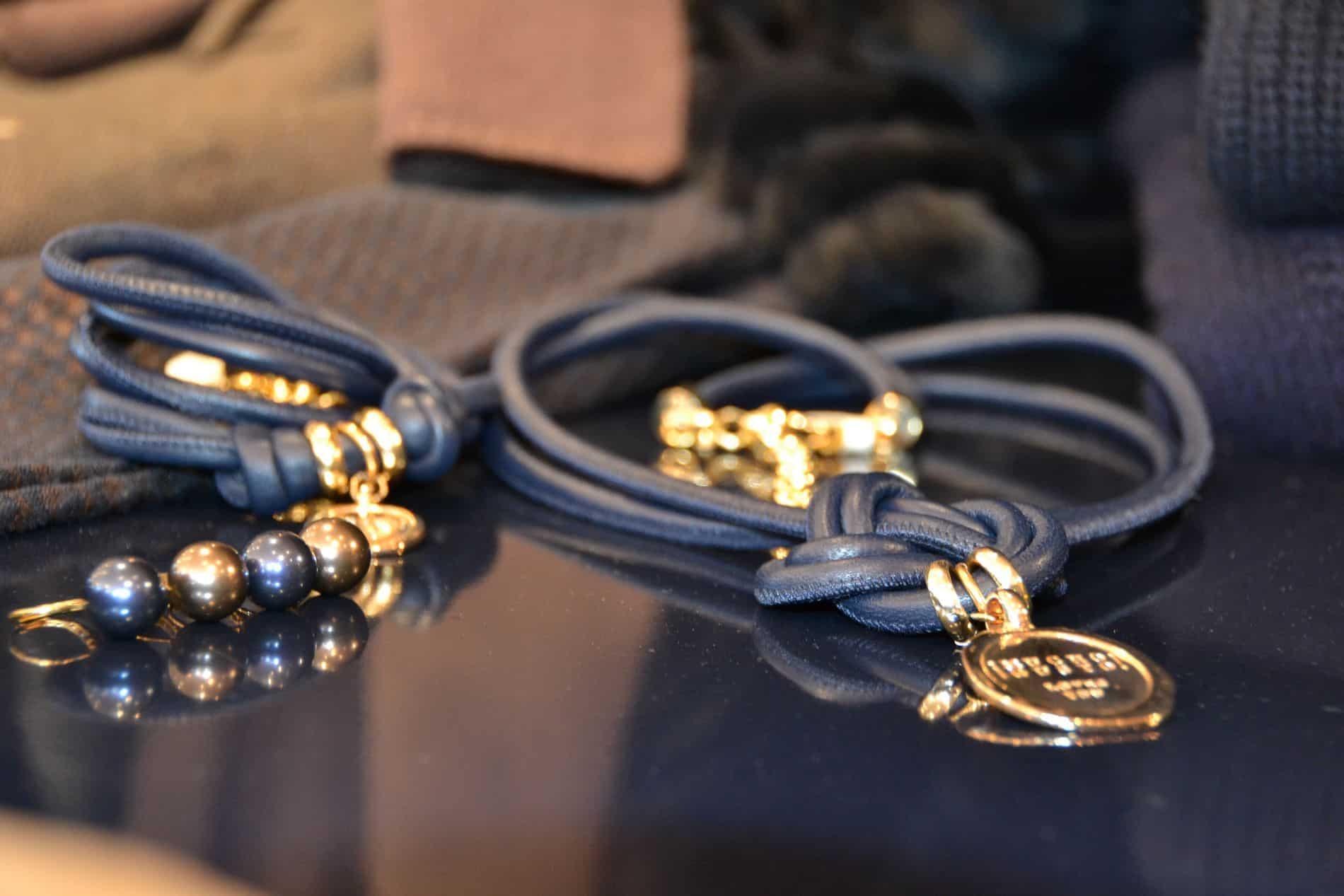 Luxe sierraden en bijouterie bij Modici damesmode in Laren (Nh)