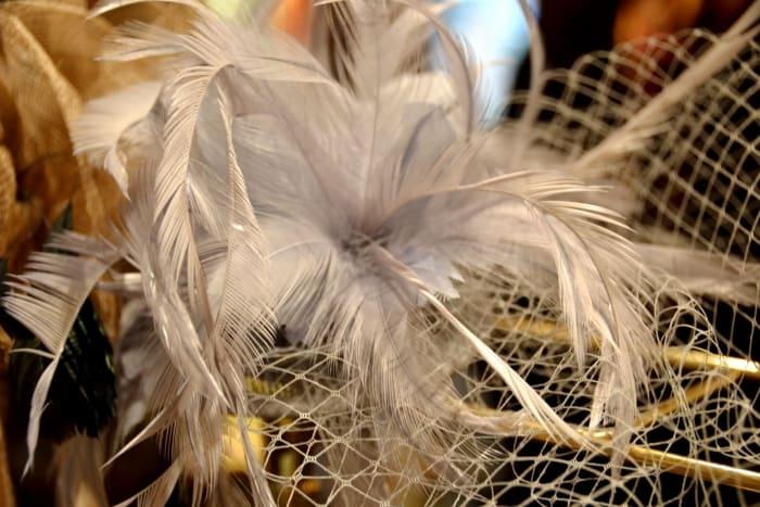 Haartoeven, Haarkammen Bij Modici Damesmode In Laren Nh