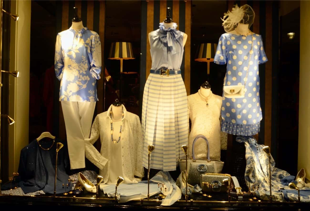 hoeden, Luxe merken, liola mode, nvsco, wolford, sjieke grote maten kleding, exclusieve damesmode, Sieraden, rolf schulte, thomas rath, bont, natan verkrijgbaar bij Modici Laren, dameskleding, Dameskleding Laren, stizzoli, seductive mode, grote maten mode, avondjapon, laren, avondjurk, bm damesschoenen, katharina von braun, mode voor bruidsmoeders, gala, damesmode, galajurken, bm comfortabel, michele mode, bruidsmoeder mode, avond, Schneiders Salzburg, feestkleding, loro piana, escada mode, bureau accessoires, Nino Colombo, winkels laren, schoenen, stizzoli mode, katharina v braun, michele broeken, gelegenheidskleding, moeder van de bruidegom, shawls, le tricot perugia, maison common, exclusieve merken, luxe modewinkels