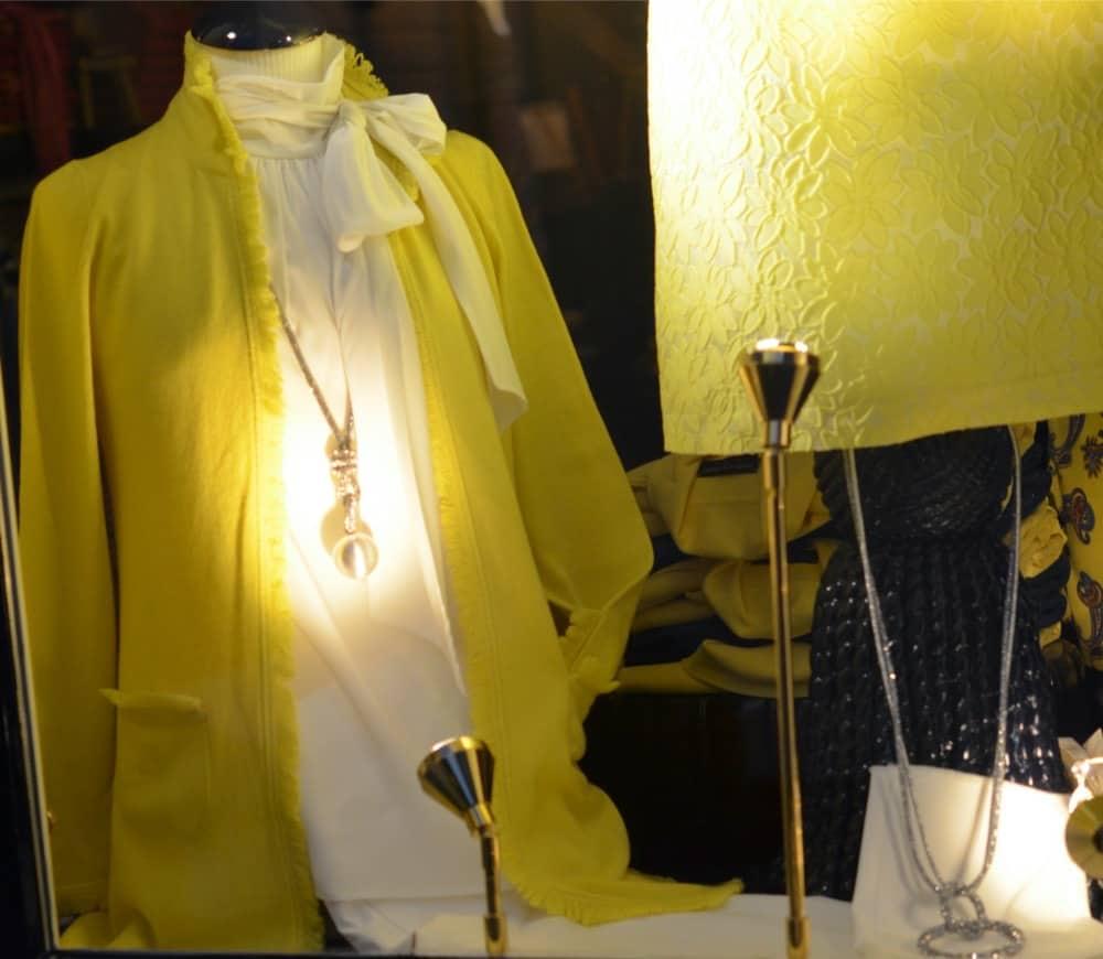 mode, katharina v braun, barbara kessels mode, exclusieve merken, shawls, le tricot perugia, maison common, wolford, hoeden, Luxe merken, liola mode, nvsco, bont, Natan, exclusieve damesmode, Sieraden, rolf schulte, thomas rath, grote maten mode, avondjapon, dameskleding, Dameskleding Laren, stizzoli, seductive mode, mode voor bruidsmoeders, gala, laren, avondjurk, bm damesschoenen, katharina von braun, bruidsmoeder mode, avond, damesmode, galajurken, bm comfortabel, michele mode, bureau accessoires, Nino Colombo is verkrijgbaar bij Modici Laren